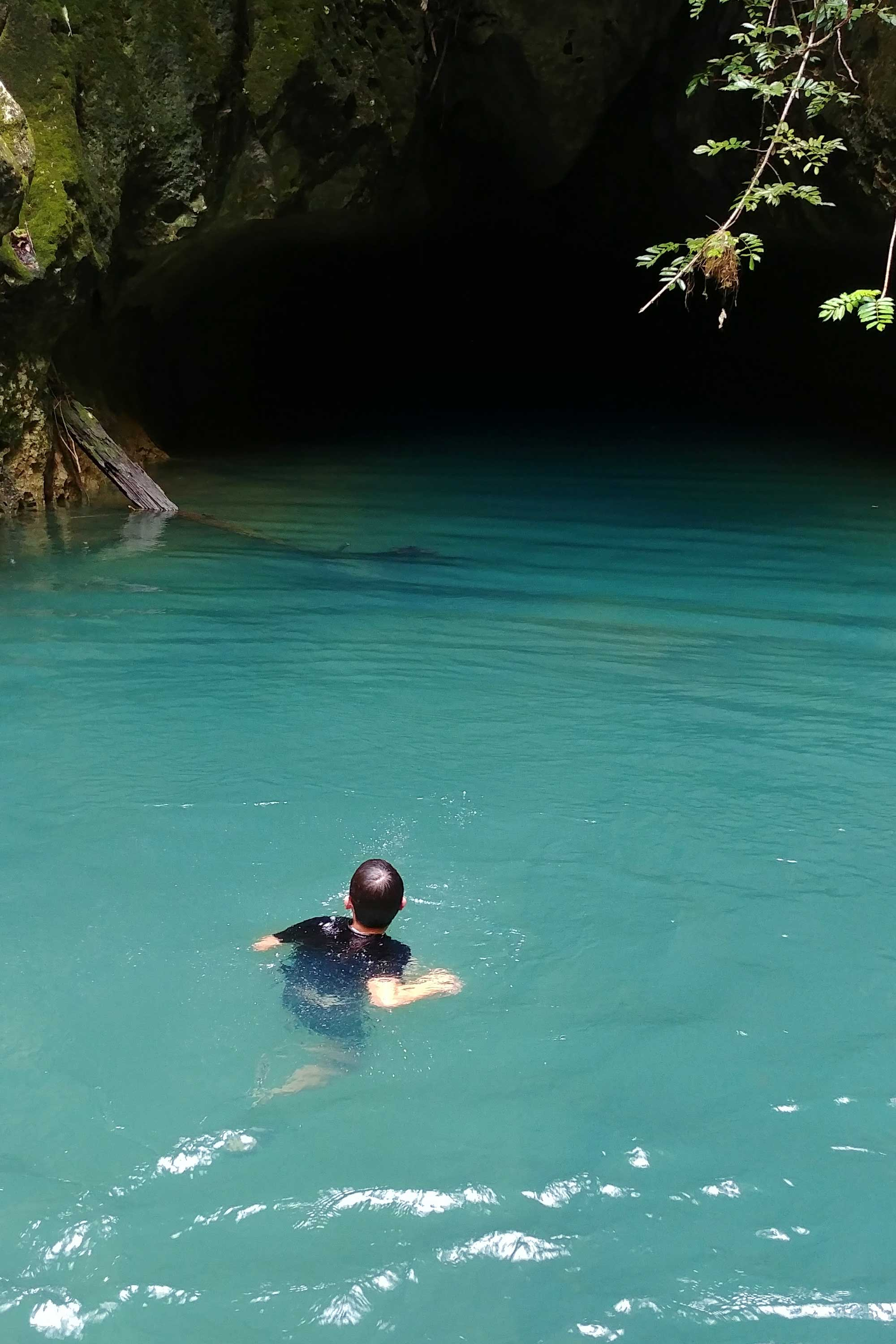 Swimming inside the mayan cave